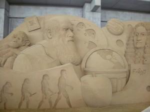 ダーウィンとニュートン